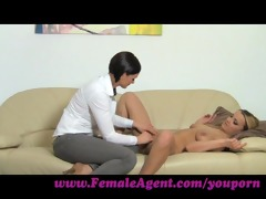 femaleagent. fingers and toys