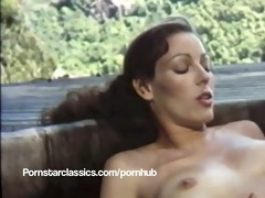 classic pornstar annette haven lesbo sexy tub sex