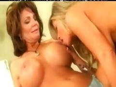 kristal summers and deauxma in lesbo scene