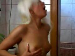 sexy chicks lick snatch in washroom