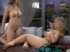 danni ashe in couch with erica campbell