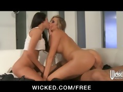 samantha & nicole have a three-some at a