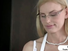 blond stepmom darryl hanah irresistable