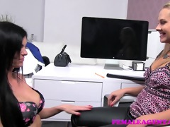 femaleagent amazingly sexy with raunchy skills to