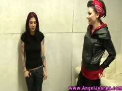 tattood emo goth lesbos making out