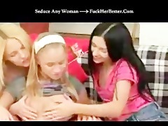 lesbo gals three-some fucking home
