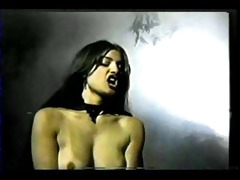 lesbos vampire sex