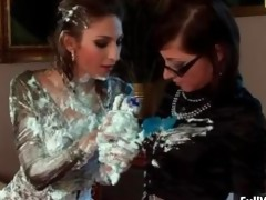 hawt euro lesbian babes covering every part3